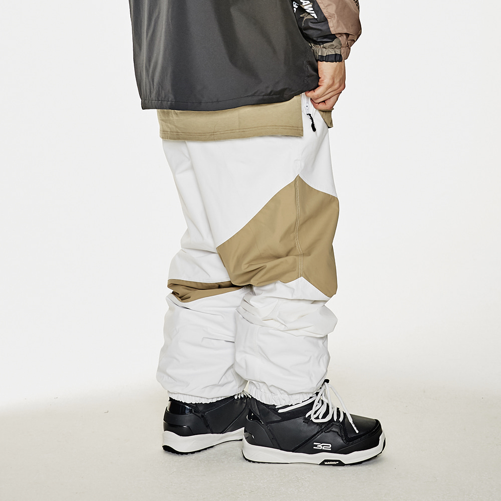 DIAGONAL BOX JOGGER PANTS WHITE